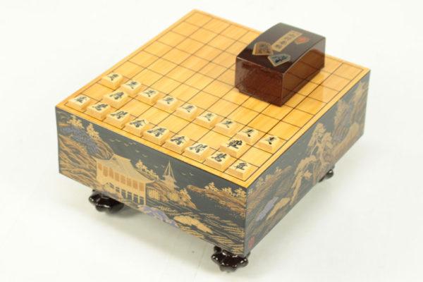 Miniature makie Shogi board (wooden pieces)