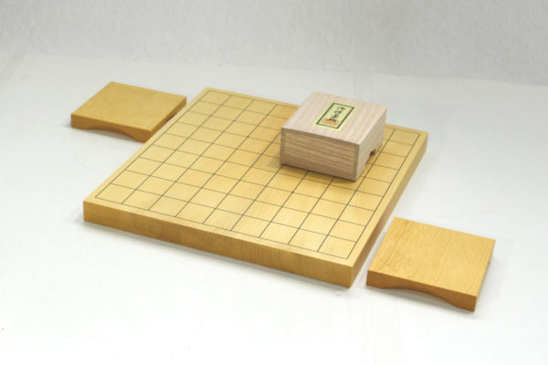 本榧将棋盤10号ハギセット(白椿上彫+駒台)